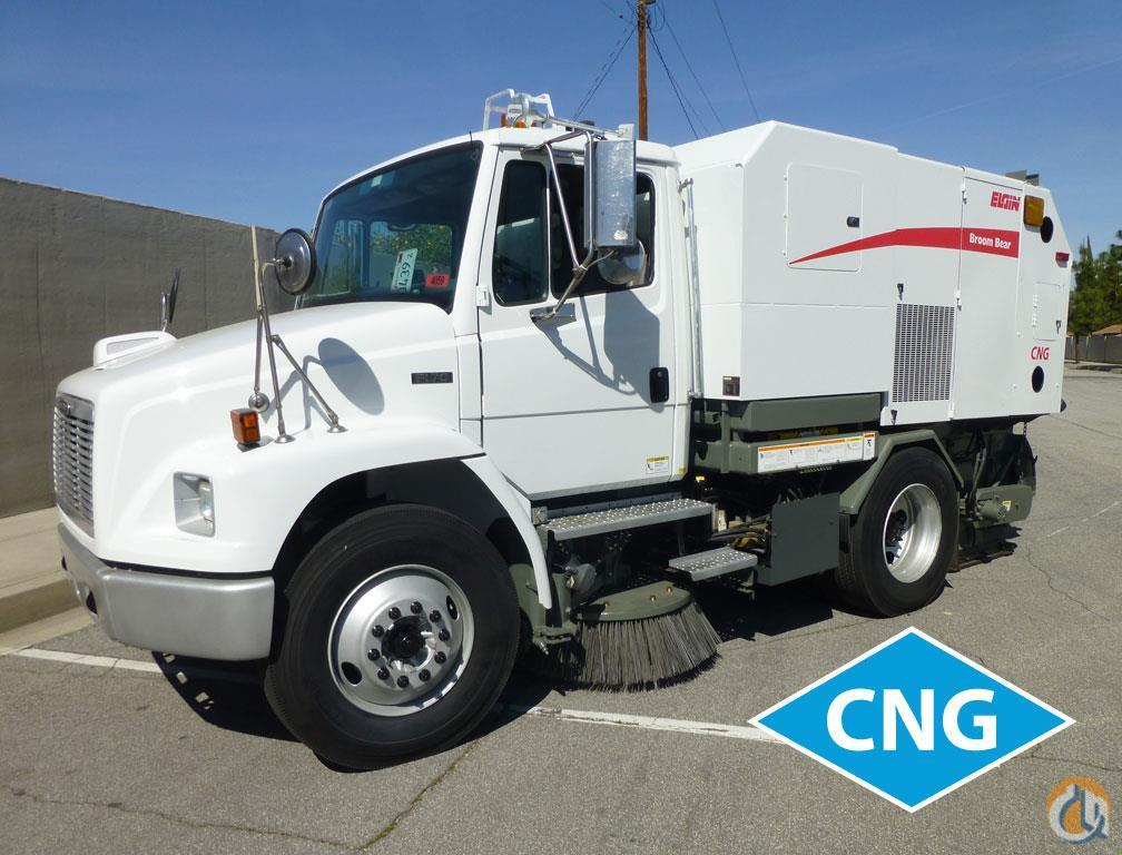 2005 Freightliner FL70 Elgin Broom Bear CNG Street Sweeper Service  Utility Trucks FREIGHTLINER FL80 Big Truck amp Equipment Sales LLC 18995 on CraneNetwork.com